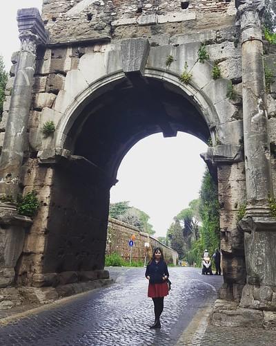 Porta San Sebastiano, Loreto en la foto. Otras edades.