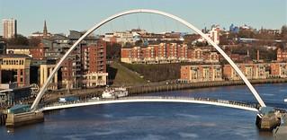 Newcastle - Gateshead Millennium Bridge - Newcastle Riverside