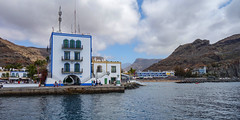 Puerto de Mogan (Philip McErlean) Tags: picturesque town resort sea mountains sky clouds harbour marina colourful grancanaria canary island sony rx100