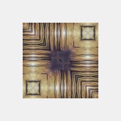 soa   glitch mandala VII (Johnpixel) Tags: abstract abstrakt fotografie photography photoshop fineart fine art malerei künstlerisch fotokunst photoart alienation verfremdung pixel sorting symmetrie symmetry mandala glitch glitchart