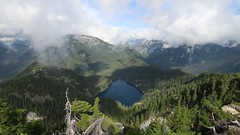 Panoramic view on Mount Price (johnwporter) Tags: hiking scramble climbing mountainclimbing mountaineering cascades mountains nationalforest mtbakersnoqualmienationalforest alpinelakeswilderness wilderness mtprice mountprice 徒步 爬行 攀登 爬山 登山 喀斯喀特山脈 山 國家森林 貝克山史諾夸米國家森林 高山湖泊荒野區 荒野 普萊斯山 video panorama 影片 全景 atx116prodx tokinaaf1116mmf28 wideangle wideanglelens 廣角 廣角鏡
