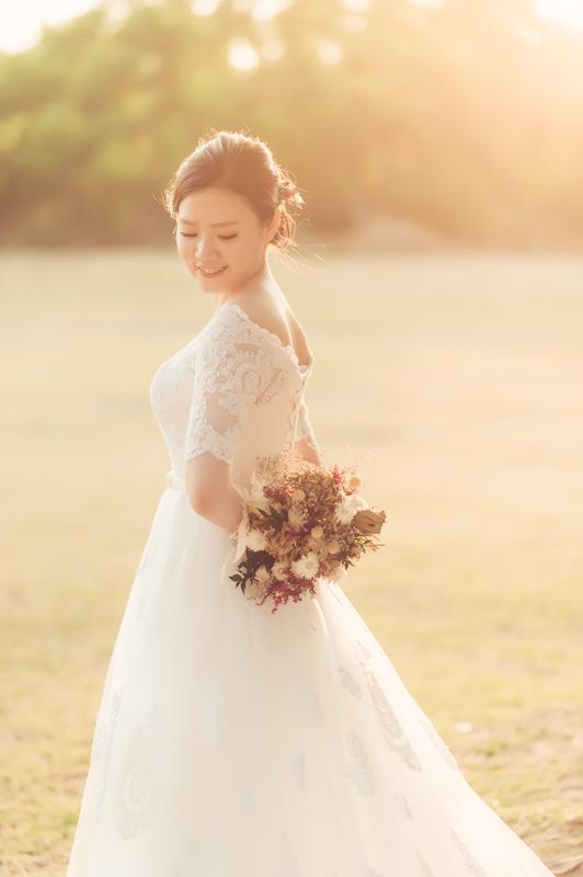 34151000985 f92ff2bf65 o [台南自助婚紗] I&S/小酒館自主婚紗