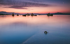 Boats (Eduardo Regueiro) Tags: sunrise amanecer corrubedo galicia spain barbanza puerto paz tranquilidad soledad loneliness ski blue ocean mar playa silencio tide marea sunday domingo melancolia