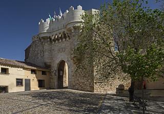 Hita, puerta de Santa María, Guadalajara.