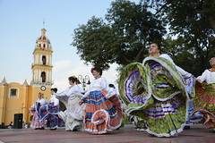 danza flolklorica de casa del abue (8) (Gobierno de Cholula) Tags: que chula cholula danza danzapolinesia danzasprehispánicas libro