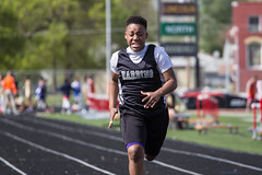 All-City Middle School Track Meet (Phil Roeder) Tags: desmoines iowa desmoinespublicschools trackandfield track trackmeet students athletics athletes canon6d canonef70200mmf4lusm