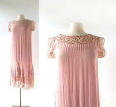 1920s dusty pink chiffon and lace dress (Small Earth Vintage) Tags: smallearthvintage vintagefashion vintageclothing dress slip 1920s 20s dustypink chiffon lace