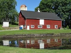 Lincoln Highway (e r j k . a m e r j k a) Tags: reflection barn pond pennsylvania clinton explore findlay allegheny us30 lincolnhighway erjkprunczyk