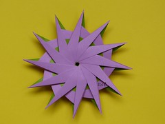 """Another 12-Point Star"" by Hans-Werner GUTH and Variation (esli24) Tags: r origamistar hanswernerguth papierfalten esli24 ilsez origamiestrella ""another12pointstar""byhanswernerguth sternorigamistern"
