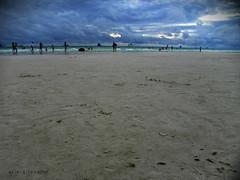 boracay island (ariel gitana) Tags: fish seascape macro colors digital boat philippines pinay seashore pinoy caticlan pinas bangka aklan kalibo isda boracayisland bestlandscape bridgecamera philippineisland kodakero manocmanoc teampinas removedfromstrobistpool nooffcameraflash seerule1 nikoncoolpixp100 splendidlandscape