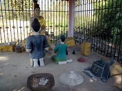 Yunnan I (Feb. 13) Xishuangbanna (Syydehaas) Tags: china santa temple pagoda gate asia asien tea native buddha dai mao architektur tor himalaya kunming yunnan dali sichuan trade burmese tee mekong cultural bai mohan lanna tempel goldentriangle overland naxi indochina cangshan schrein pagode erhailake kwanyin shaxi banna laotse jinghong konfuzius pfau xishuangbanna dongba buddhismus threepagodas xizhou abenteuer goldenesdreieck mengla josephrock ganlanba xiaguan damenglong yita southwestchina kormoranfischer mingdynastie teahorseroad lancangjiang sdwestchina nanzhao tianlongbabu jefffuchs highflyer261 syydehaas chongshengtempel chamadao ohrsee wutempel wumiaohui wuhuaturm yangfamilie