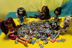 Puzzle_0008 (Lycell) Tags: monster toys high dolls puzzle monsterhigh