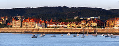 Getxo (Mimadeo) Tags: travel sunset panorama tourism water walking boats harbor twilight dock spain harbour yacht walk front panoramic prom promenade leisure yachts seafront stroll basquecountry getxo lasarenas