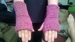 """Cindy Osburn #2 (The Crochet Crowd®) Tags: fall hands free mikey gloves cathy fans redheart challenge cathys fingerlessgloves challengers challenge"""" freecrochetpattern cathycunningham crochetedgloves crochetedwristers crochetedfingerlessgloves crochetcrowd """"wristers challenge""""wristers teamspirityarn challenge""""""""redheart""""""""challengemikey""""""""michaelsellick""""""""mikey""""""""thecrochetcrowd""""""""freecrochetpattern""""""""freepattern""""""""fallcrochetchallenge""""""""cathyshookclub crochetwristers cathyschallenge""""cathy cunninghamcathy"""