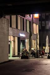 Night scene of a hotel near the Frankfurt fair (S. Ruehlow) Tags: bridge night hotel nacht frankfurt brcke frankfurtammain beleuchtung allee ffm langzeitbelichtung unterkunft langzeitaufnahme europaviertel europaallee emserbrcke nchtlichebeleuchtung
