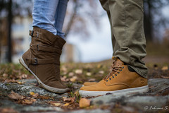 9838 (Fabiano S.) Tags: autumn boy girl canon suomi finland eos shoes kiss lumberjack vaasa 6d