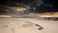 Dunas de Corralejo, Fuerteventura, Spain (Marc Arnoud Rogier van der Wiel) Tags: sunset mountain storm clouds spain sand desert fuerteventura srb corralejo griturn
