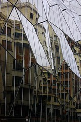 Reflexions (isa_per) Tags: espaa museum spain espanha museu bilbao guggenheim bilbau