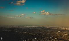 Me voy. (Soliloquiaa) Tags: sky azul landscape edificios all gente paisaje personas cielo nubes todo everything mundo tierra