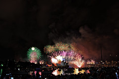NYE003 (tresrios) Tags: fireworks nye sydney newyearseve operahouse harbourbridge 2014