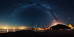 Boats, Moon, and Stars ( David.Keochkerian ) Tags: panorama seascape david france beach night landscape star nikon bretagne milkyway belleileenmer keochkerian