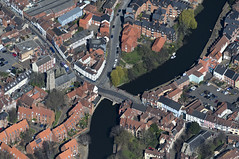 Fye Bridge over the River Wensum in Norwich - aerial (John D F) Tags: fye bridge aerial norwich norfolk river wensum aerialphotography aerialphotograph aerialimagesuk aerialview viewfromplane droneview britainfromtheair britainfromabove hidef highresolution hires hirez highdefinition