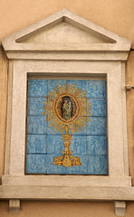 Marsala, Via XI Maggio, Straßentabernakel (street tabernacle) (HEN-Magonza) Tags: marsala sizilien sicily sicilia italien italy italia