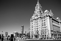 [B&W] Liver-Building, Liverpool, UK (1) (DJMads) Tags: liverpool liver liverbuilding liverbuildingliverpool bw blackandwhite albert albertdocks