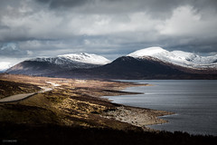 Highland road (Steffen Walther) Tags: 2016 reise schottland scotland lake loch highlands travel uk britain landscape outdoors mountains road canon5dmarkiii canon702004lis clouds sky snow reisefotolust wanderlust