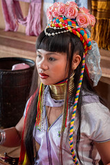 Jeune fille Karen. Myanmar. (Thierry Leclerc 60) Tags: lac minority eos70d minorité couleur longneck people colourfull personnage burma birmanie inle inlay asie tribue natives myanmar girafe tribe personne karen colorsinourworld enfant asia portrait kayan padaung