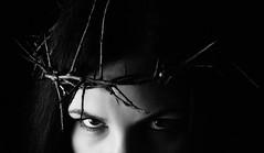 DSC_0599_2 (marina_schebyvok) Tags: portrait bnwportrait black blackandwhite bw girl bnw eyes sight crownofthorns