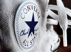 Chuck it up (travel Jam) Tags: chucks shoe shoes 7dwf