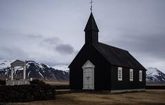 Búðakirkja (katrin glaesmann) Tags: búðahraunlavafield iceland snæfellsnes unterwegsmiticelandtours photographyholidaywithicelandtours mountains lava clouds búðakirkja