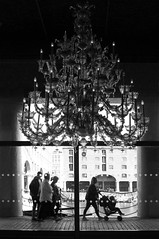 chandelier (Towner Images) Tags: chandelier tate gallery liverpool albertdock towner townerimages bw monochrome mono monochromatic monotone light illumination illuminated silhouette blackandwhite whiteandblack greyscale people
