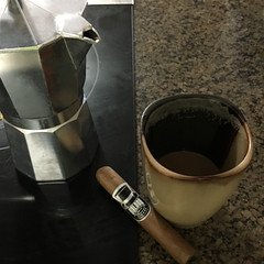 coffee-pic-cigar (galanocigars) Tags: coffee cafe con leche cigar puro galano espresso cafetera