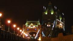 Tower Bridge by Night (Feffo23) Tags: towerbridge bridge london londra england inghilterra gran bratagna granbretagna night notte dark travel viaggio urlaub holiday city città denkmal monumento monument landmark sony