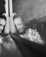 REFLECTS (Ezeqiel F. Kuper) Tags: reflects photographer photography photo model reflejos niña women