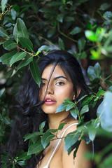 SVanina-14 (Frank PAT MO) Tags: amiga barcelona bcn chica retrato vanina verde