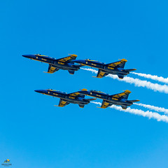 US Navy Blue Angels (Don Sullivan) Tags: usnavyblueangels blueangels usnavy blue angels military aviation air show navy fa18hornet