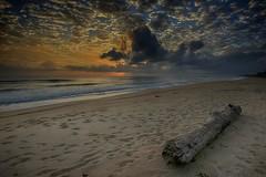 0110345 ~ permulaan baru (alongbc) Tags: kijal beach kemaman terengganu malaysia sunrise sea cloud sky travel places trip canon eos550d canoneos550d tamron tamronlens 10mm24mm wideangle