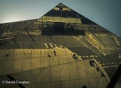 Reflections on a pyramid (David Cucalón) Tags: david cucalon davidcucalon form architecture arquitectura barcelona ceiling techo encantsnous urban city ciudad