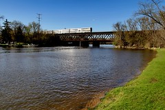 Fox River Grove Bridge (Laurence's Pictures) Tags: northwestern muscle line cnw metra commuter passenger train railroad crystal lake illinois