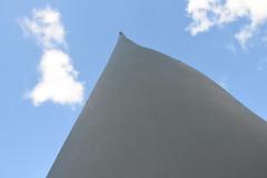Wing (MR-Fotografie) Tags: wing flügel rotorblatt sky himmel cloud wolken windkraft anlage nikon d5500 mrfotografie norddeich niedersachen nordsee norden linie line