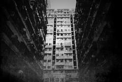 (a.pierre4840) Tags: olympus om4ti zuiko 28mm f2 ilforddelta3200 ilford film grainy grainyfilm grain artfilter fotor architecture urban decay hongkong bw blackandwhite monochrome noiretblanc