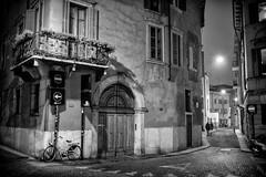 L1002916-Edit (Camera Freak) Tags: 170207englanditaly 2017 england italy venice verona leica leicam10 m10 street monochrome blackandwhite outdoor door italia bicycle night evening 13 balcony