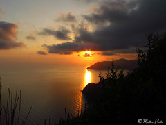 Tramonto dalle Cinque Terre (matteocastelli331) Tags: cinqueterre 5terre liguria sunset tramonto sea mare amazing