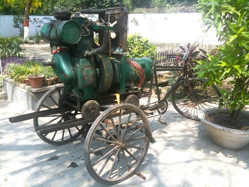 Tractor Engine + Tricycle = Mobile Generator