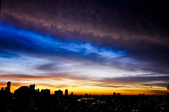 Morning colors (Conrado Tramontini (Conras)) Tags: city morning cidade urban sun sol colors buildings cores day dia urbano prdio manh nascer