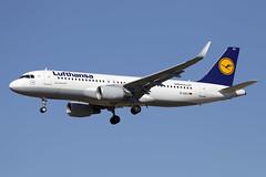 30 juillet 2013 - LUFTHANSA   Airbus  A 320 WL  (D-AIZU) - LFBO - TLS (gimbellet) Tags: canon airport aircraft aviation airplanes airbus a380 boeing aeroport blagnac a330 spotting a320 avions atr a321 spotter aeronautique a350