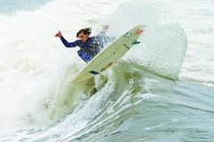 Surf no Quebra Mar (De Santis) Tags: brazil sport brasil nikon surf action sãopaulo sigma ação sp santos 70300mm esporte surfe submarino canal1 josémenino emissário quebramar d5100 fernandodesantis